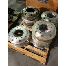 Alcoa 17.5x6.75 Hub Piloted Aluminum Wheel